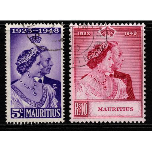 MAURITIUS SG270/1 1948 SILVER WEDDING FINE USED
